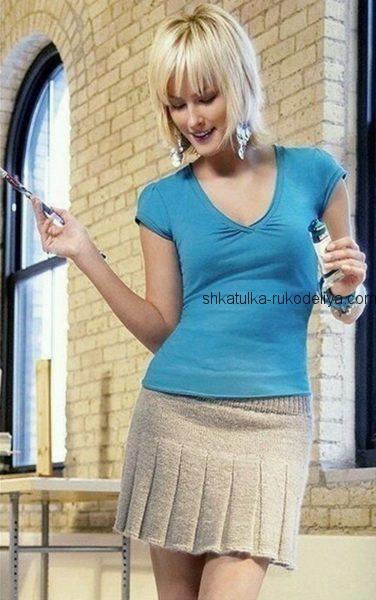 Мини — юбка со складками