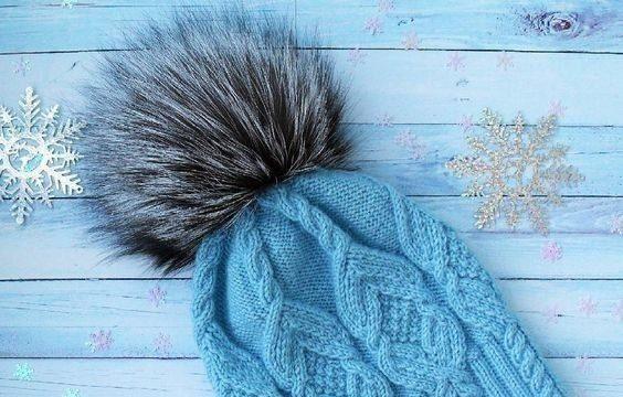 вязание спицами, шапочка, бубон, красивый узор, схема, для женщин