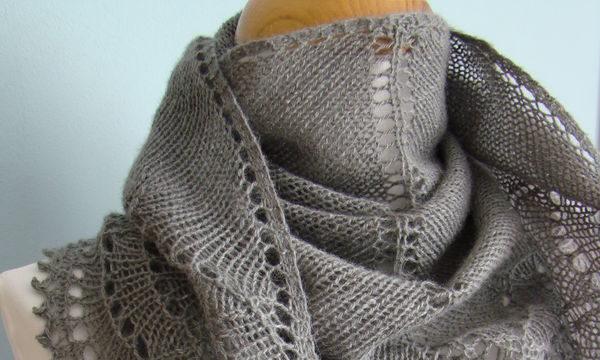вязание спицами, шаль, весенняя, треугольная, описание, для женщин