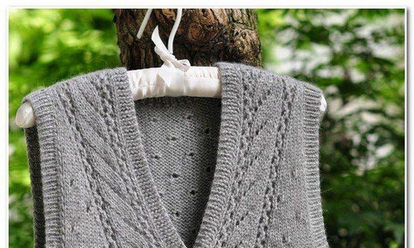 вязание спицами, жилет, схема, серый, на пуговицах, для женщин
