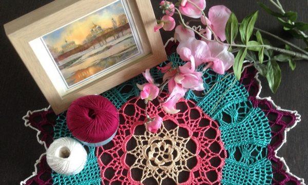 вязание крючком, салфетка, круглая, схема, для дома, разноцветная, для дома