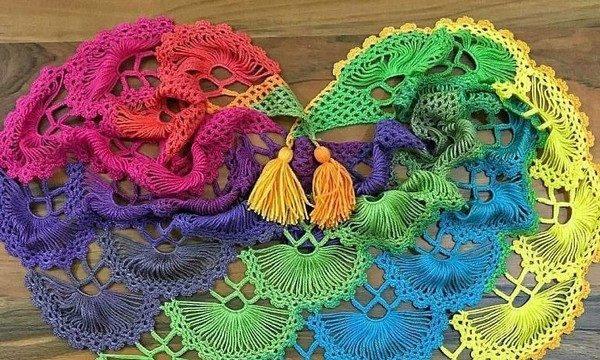 вязание крючком, палантин, схема, описание, яркий, узор веерок, для женщин